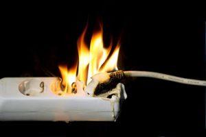 Cháy ổ cắm điện